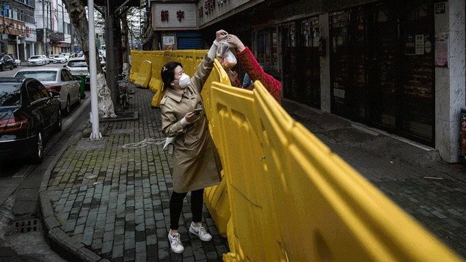 Ο Σάντσεθ αποκλείει νέο γενικό lockdown στην Ισπανία