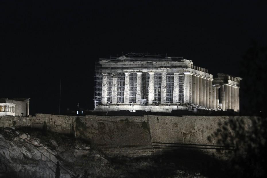 Το ΚΕΠΕ αναμένει διψήφια ύφεση στην Ελλάδα το α' τρίμηνο του 2021
