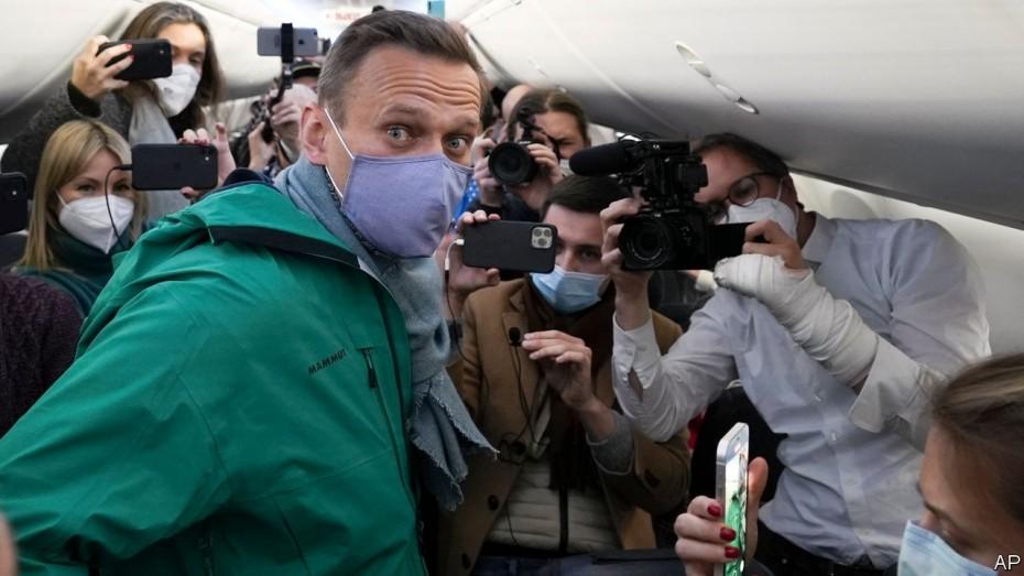 Συνελήφθη αστυνομικός «υπεύθυνος» για την ταυτοποίηση αυτών που δηλητηρίασαν τον Ναβάλνι