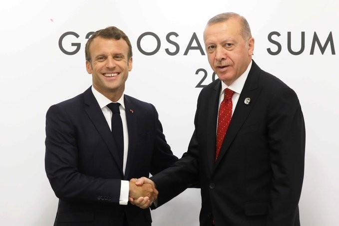 «Ζεσταίνεται» το κλίμα στις σχέσεις Ερντογάν - Μακρόν