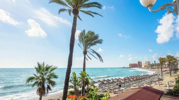 Σε χαμηλό 51 ετών οι ξένοι τουρίστες στην Ισπανία