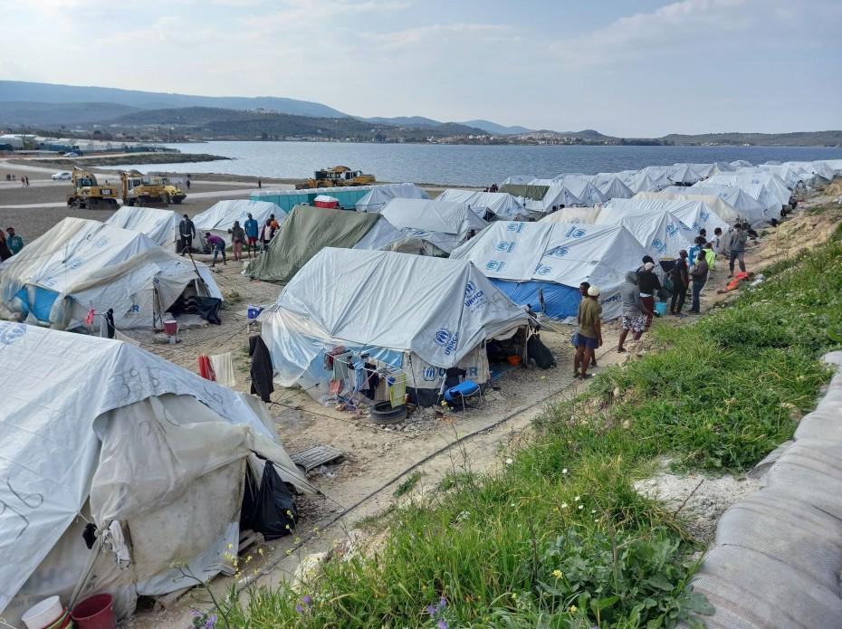 Υπ. Μετανάστευσης: Κάτω από 10.000 οι αιτούντες άσυλο στα νησιά