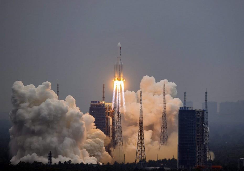 Στο Ινδικό Ωκεανό τα απομεινάρια του κινεζικού πυραύλου