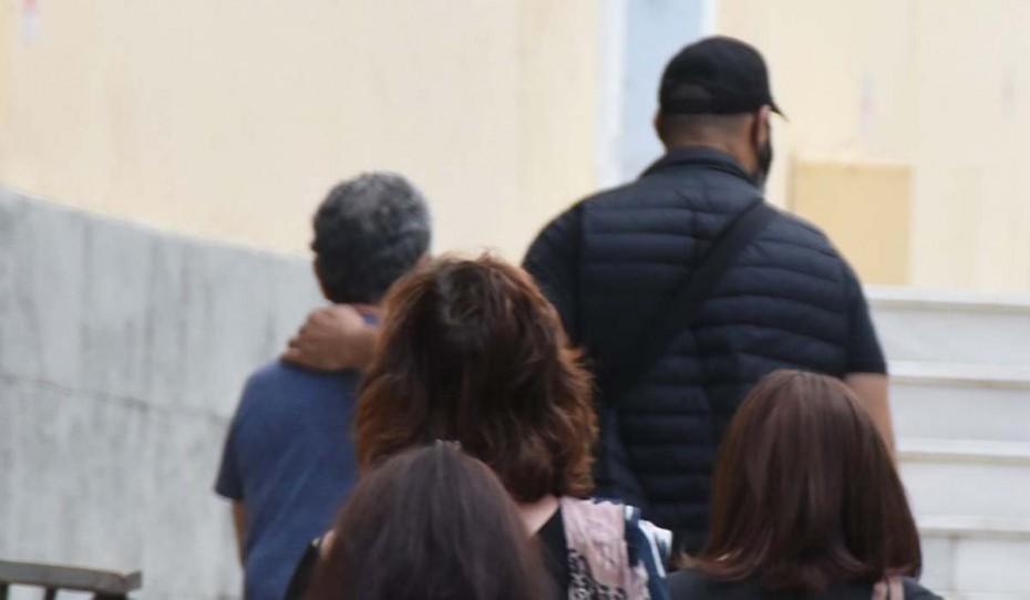 Δολοφονία στην Αγ. Βαρβάρα: Δικαίωση και παραδειγματική τιμωρία ζητά η οικογένεια της 65χρονης