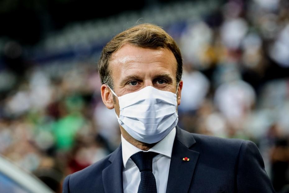 Γαλλία: Άνδρας χαστούκισε τον Μακρόν κατά τη διάρκεια επίσκεψης