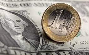 Υποχώρηση κατά 0,09% για το ευρώ έναντι του δολαρίου