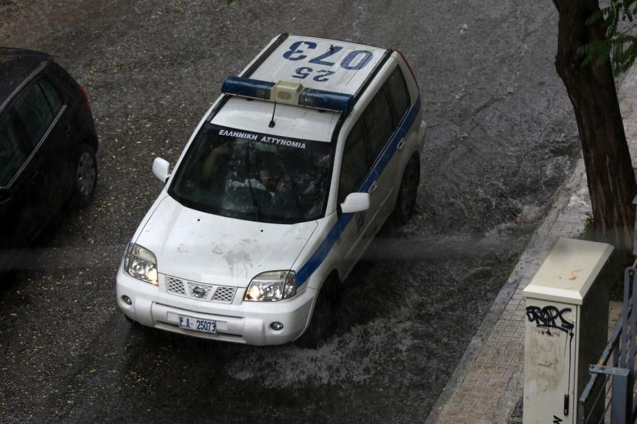 Ζάκυνθος: Άγνωστοι πυροβόλησαν και λήστεψαν επιχειρηματία με λεία 15.000 ευρώ