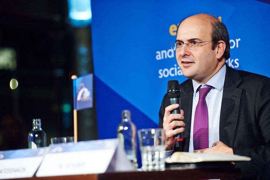 Κ. Χατζηδάκης: Προτεραιότητα η γρήγορη απονομή των συντάξεων και η εξυπηρέτηση των πολιτών