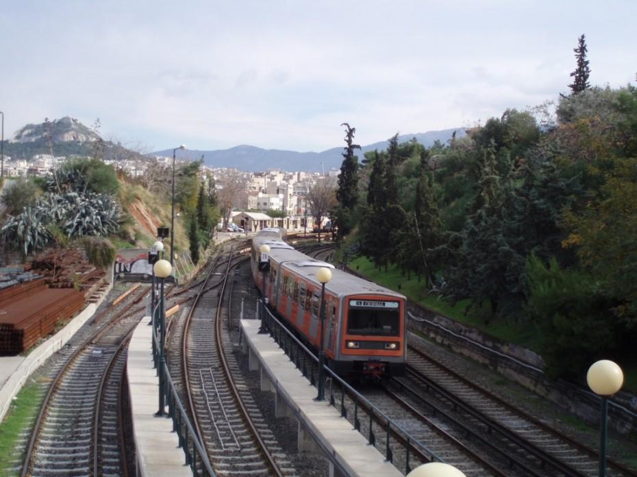 Κυκλοφοριακές ρυθμίσεις στη γραμμή 1 του Μετρό λόγω πυρκαγιάς μεταξύ των σταθμών Πειραιάς-Φάληρο