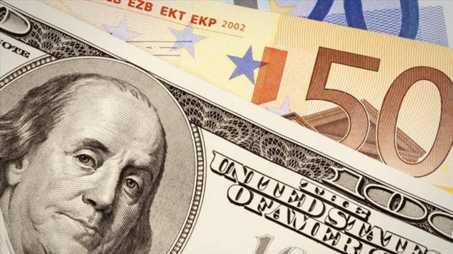 Οριακή ενίσχυση 0,02% του ευρώ στα 1,1773 δολάρια