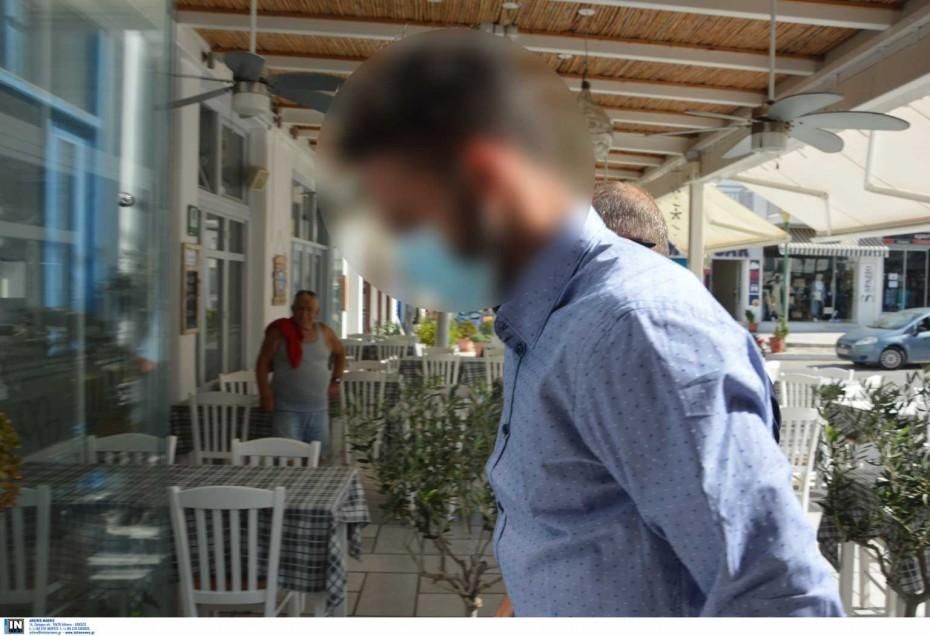 Έγκλημα στη Φολέγανδρο: Στον ανακριτή Νάξου ο 30χρονος κατηγορούμενος