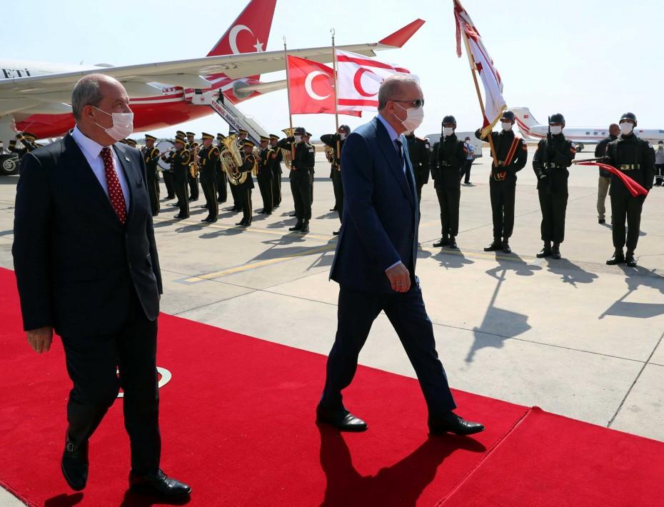 Αθήνα-Λευκωσία στην αντεπίθεση με ισχυρούς συμμάχους