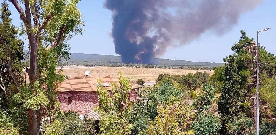 Φωτιά στη Βαρυμπόμπη: Στις φλόγες δασική έκταση κοντά στα βασιλικά κτήματα