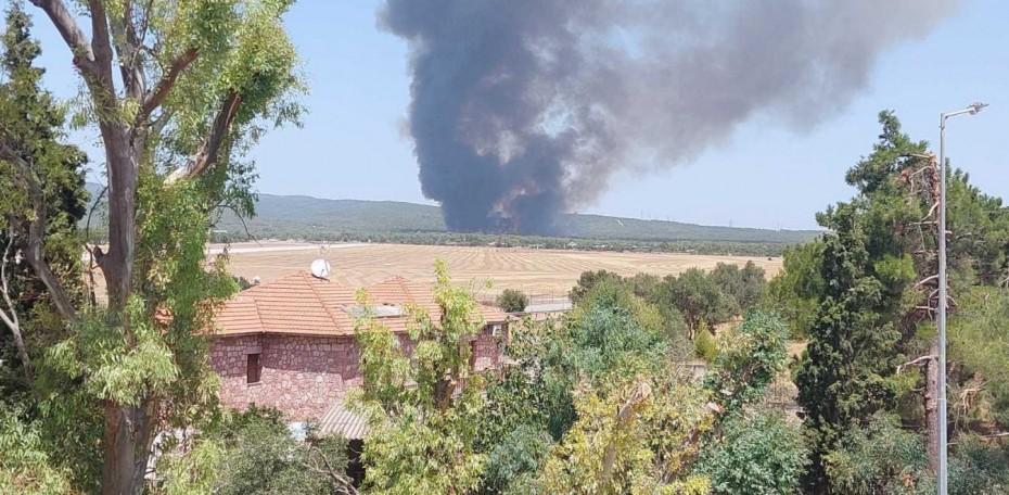 Βυθίσεις τάσης στο σύστημα ηλεκτροδότησης εξαιτίας ζημιάς από την πυρκαγιά στη Βαρυμπόμπη