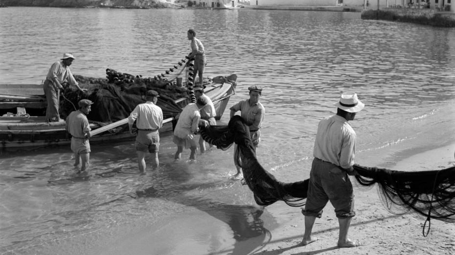 «Το νησί που μάγεψε τον κόσμο-Η Μύκονος του '50»: Φωτογραφική έκθεση του Αμερικανού R. McCabe