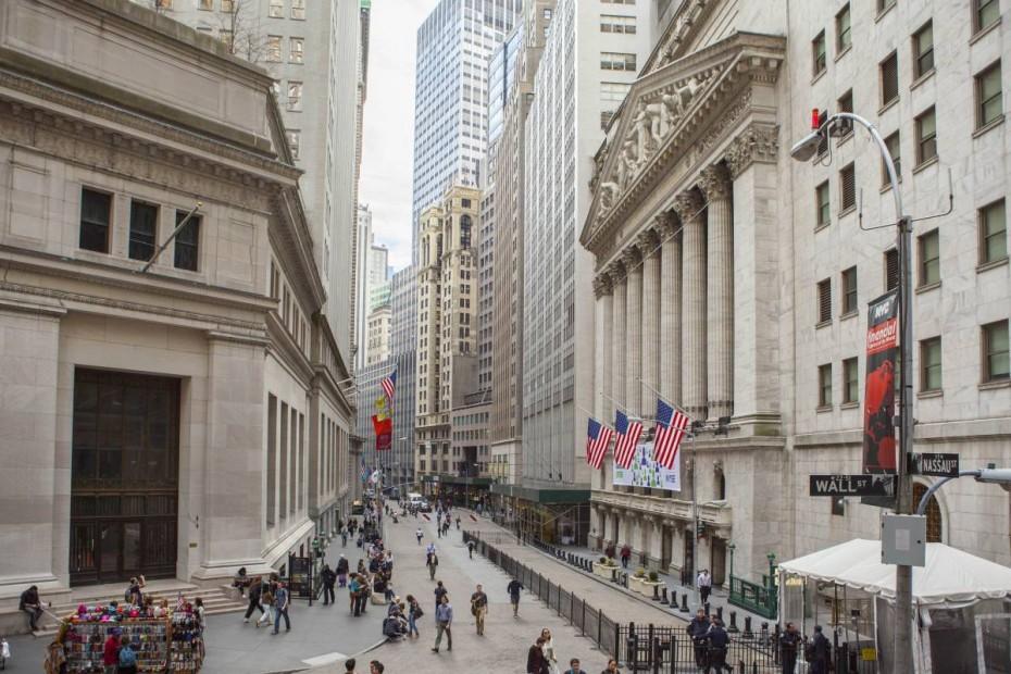 Με κέρδη μπήκε ο μήνας στη Wall Street