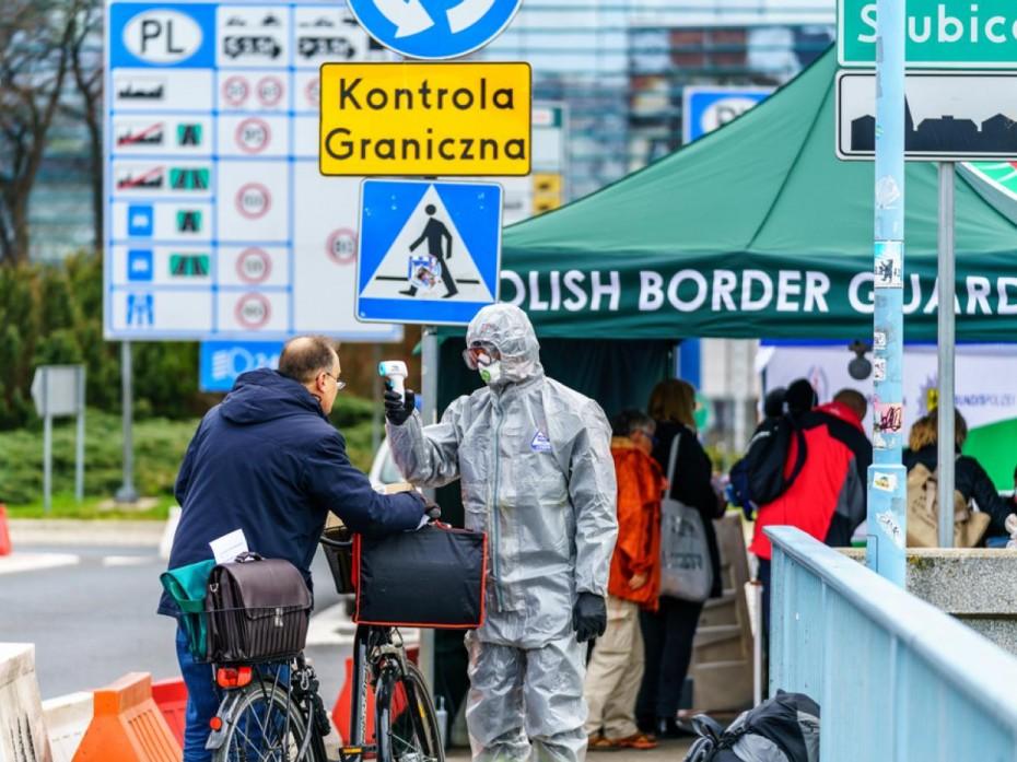Ενισχυτική δόση στους άνω των 50 ετών προτείνει η Πολωνία