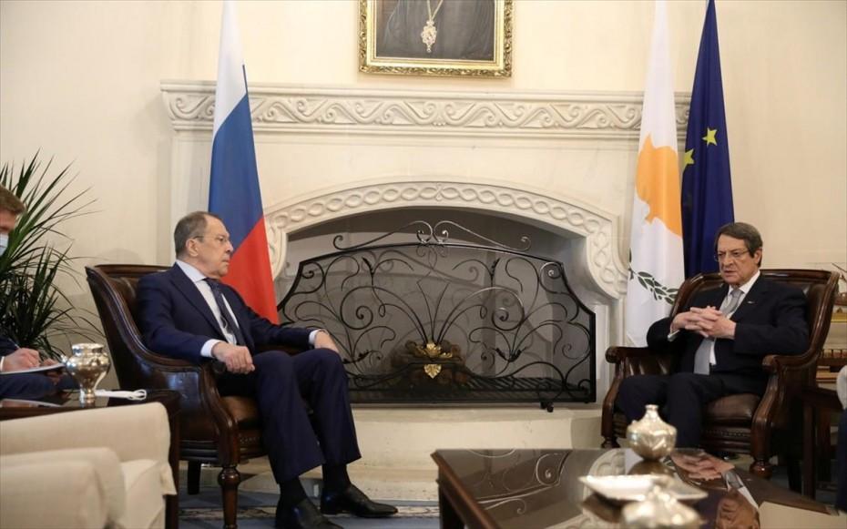 Κύπρος: Συνάντηση Ν. Αναστασιάδη με τον Ρώσο ΥΠΕΞ Σ. Λαβρόφ στη Ν. Υόρκη