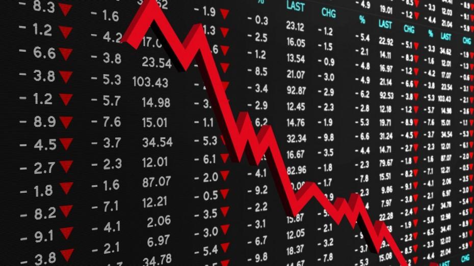 Στη μέγγενη του διεθνούς sell-off η αγορά
