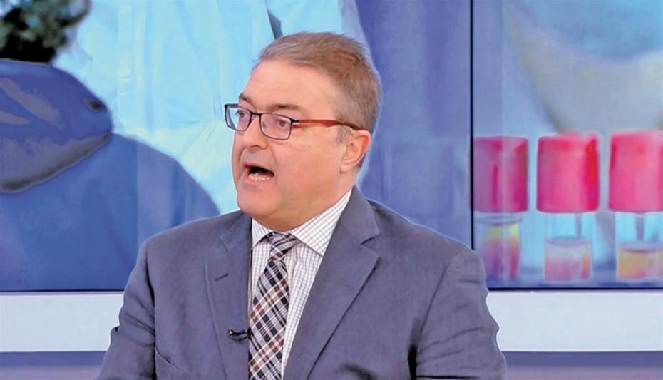 Θ. Βασιλακόπουλος: «Παρελάσεις μόνο με εμβολιασμένους ενήλικες- Με μάσκα οι μαθητές»