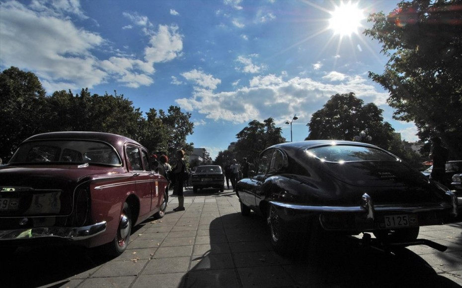 Ετήσια τέλη κυκλοφορίας έως 200 ευρώ για τα οχήματα ιστορικού ενδιαφέροντος